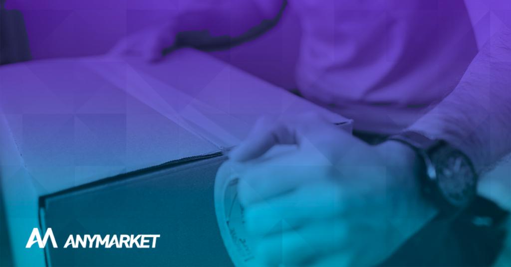 Seller realizando operação logística em marketplaces