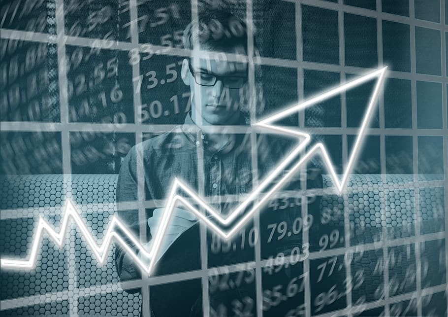 Seta indicando o crescimento ao vender mais em marketplaces